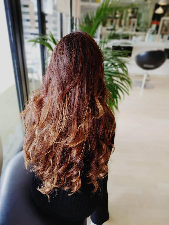 peinado ondas en forma de bucle