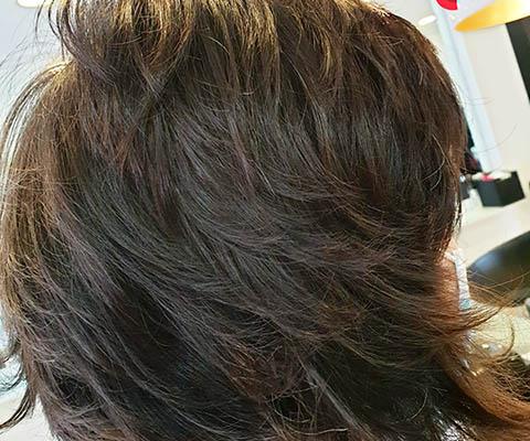 Peinado Bob con capas desenfadadas