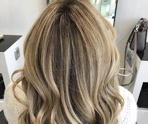 colores extraclaros en tu cabello