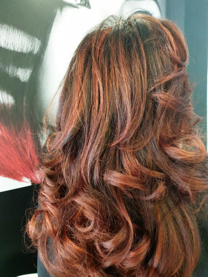 Los cabellos cobrizos potencian el brillo